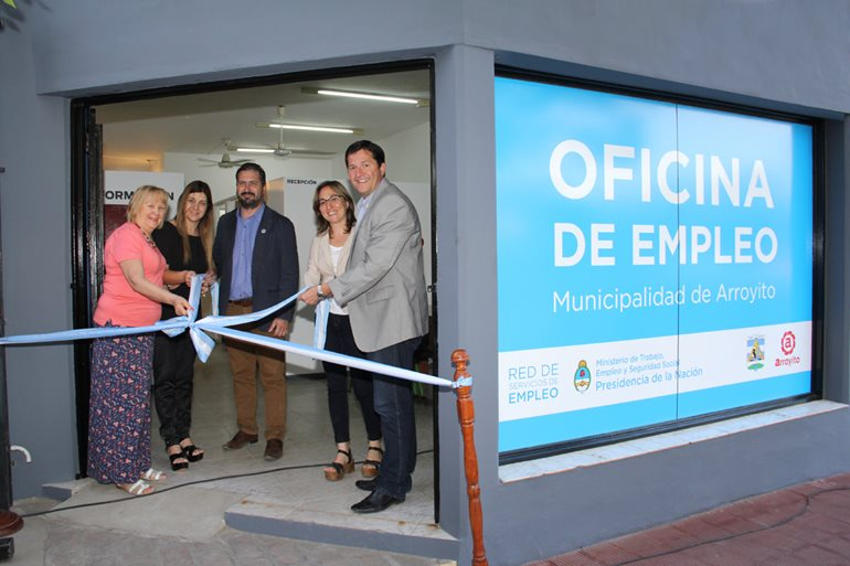 Arroyito inaugura oficina de empleo ente municipios c rdoba for Oficina de empleo