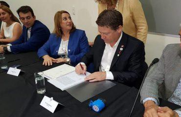 Bell Ville y Camilo Aldao firman convenio para financiar proyectos de protección ambiental